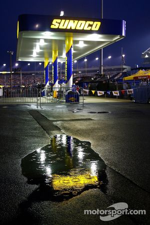 Rain falls on Richmond International Raceway