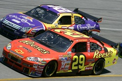 Kevin Harvick et Jamie McMurray