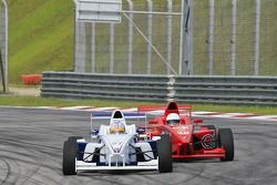 Akhil Khushlani (IND) Eurasia Motorsport, James Grunwell (THA) Team Meritus