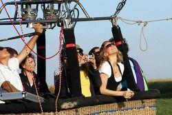 Formula Una girls a hot air balloon