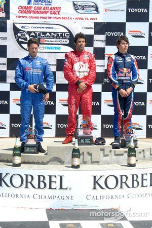 Podium: le vainqueur Raphael Matos avec Jonathan Bomarito et Robert Wickens