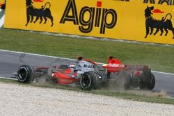 Start: Fernando Alonso, McLaren Mercedes, MP4-22 and Felipe Massa, Scuderia Ferrari, F2007, come tog