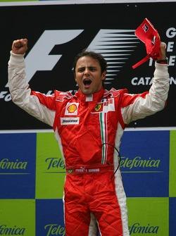 Podio: el ganador de la carrera, Felipe Massa, celebrando