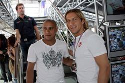 Michel Salgado, footballeur du Real Madrid, et Roberto Carlos, footballeur du Real Madrid