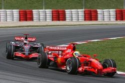 Felipe Massa, Scuderia Ferrari, F2007 et Fernando Alonso, McLaren Mercedes, MP4-22