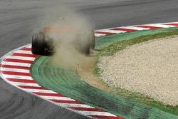 Lewis Hamilton, McLaren Mercedes, MP4-22, roule sur la terre