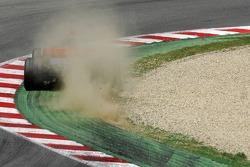 Fernando Alonso, McLaren Mercedes, MP4-22, roule sur la terre