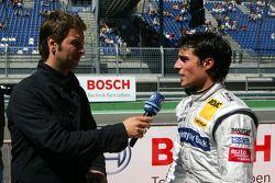 Bruno Spengler, l'équipe HWA Mercedes AMG, interviewé à la télévision ARD