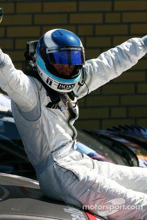 Vainqueur de la course Mika Hakkinen, Team HWA AMG Mercedes, AMG Mercedes C-Klasse