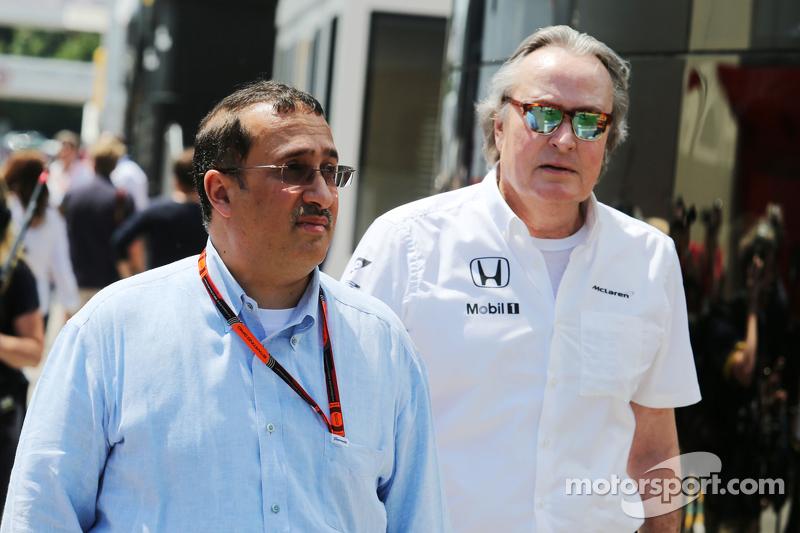 Scheich Mohammed bin Essa Al Khalifa, Geschäftsführer des Bahrain Economic Development Board und McLaren-Teilhaber, mit Mansour Ojjeh, McLaren-Teilhaber