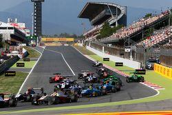Start: Alex Palou, Campos Racing leidt Mitch Gilbert, Carlin en Pal Varhaug, Jenzer Motorsport