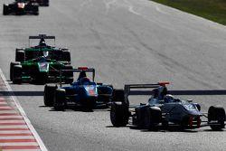 Matthew Parry, Koiranen GP leads Ralph Boschung, Jenzer Motorsport