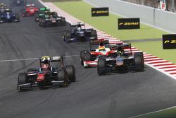 Nobuharu Matsushita, ART Grand Prix devant Nick Yelloly, Hilmer Motorsport