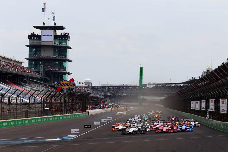Start: Will Power, Team Penske, Chevrolet, in Führung