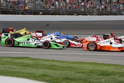 Arrancada: Scott Dixon, Chip Ganassi Racing Chevrolet gira