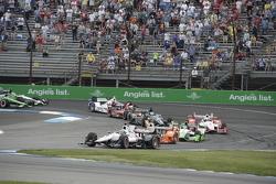 Reinicio: Will Power, Team Penske Chevrolet lider