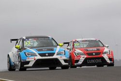Andrea Belicchi, SEAT Leon, Target Competition en Pepe Oriola, SEAT Leon, Craft Bamboo Racing LUKOIL