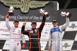 Podium : le vainqueur Sean Rayhall, 8 Star Motorsports, le deuxième Max Chilton, Carlin et le troisième R.C. Enerson, Schmidt Peterson Motorsports