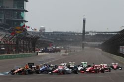 Départ : Sean Rayhall, 8 Star Motorsports mène