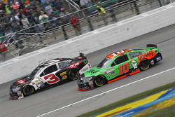 Austin Dillon, Richard Childress Racing Chevrolet et Danica Patrick, Stewart-Haas Racing Chevrolet