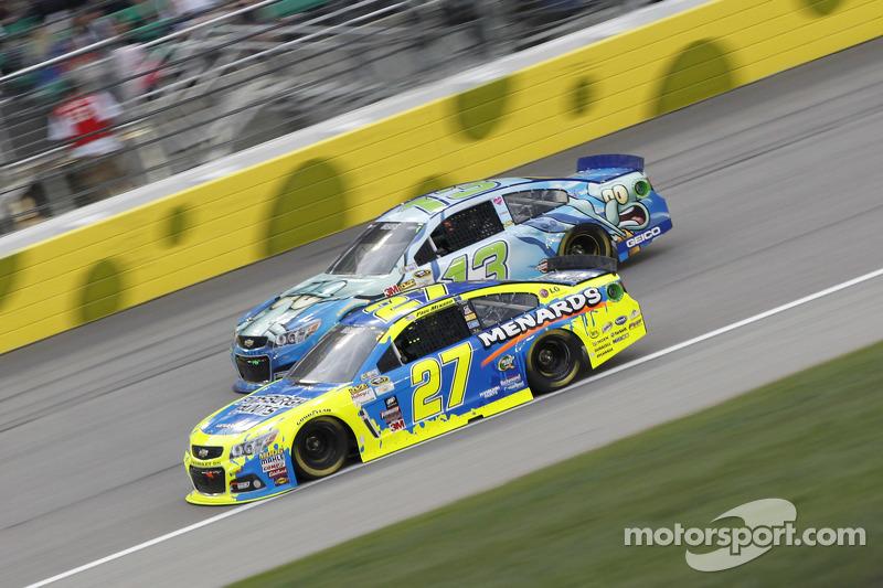 Кейсі Мірс, Germain Racing Chevrolet та Пол Менард, Річард Чілдресс Racing Chevrolet
