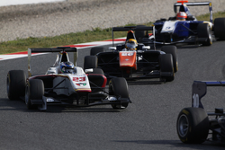 Zaid Ashkanani, Campos Racing y Artur Janosz, Trident