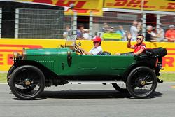 Will Stevens, Manor F1 Team, tijdens de rijdersparade