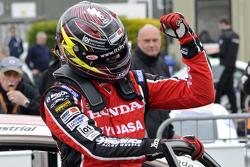Racewinnaar Gordon Shedden, Honda Yuasa Racing