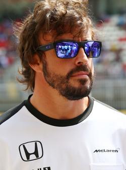 Фернандо Алонсо, McLaren на параде пилотов