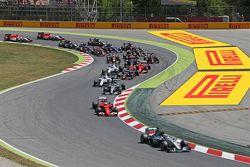 Start: Nico Rosberg, Mercedes AMG F1 W06, in Führung