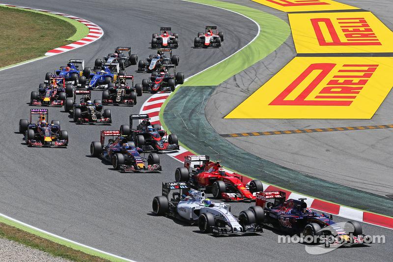 Max Verstappen, Scuderia Toro Rosso STR10 ve Felipe Massa, Williams FW37 yarışın startında