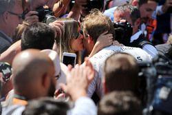 Nico Rosberg, Mercedes AMG F1 Team, und seine Frau