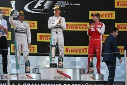 Lewis Hamilton, Mercedes AMG F1 Team; Nico Rosberg, Mercedes AMG F1 Team, und Sebastian Vettel, Scud