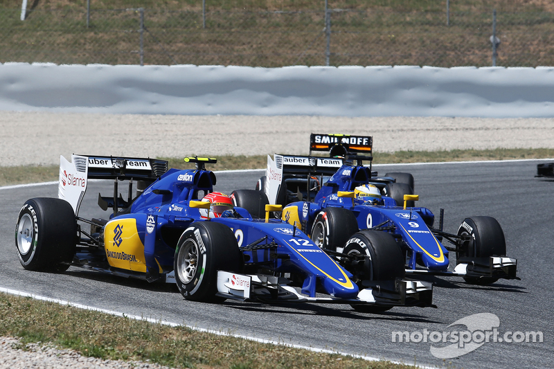 Felipe Nasr, Sauber C34, und Marcus Ericsson, Sauber C34, beim Start