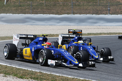 Felipe Nasr, Sauber C34 and Marcus Ericsson, Sauber C34 at the start of the race