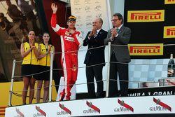 Sebastian Vettel, Ferrari, feiert seinen 3. Platz auf dem Podium