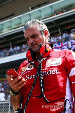 Maurizio Arrivabene, Ferrari Team Principal on the grid