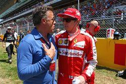 Jean Alesi und Kimi Räikkönen, Ferrari, in der Startaufstellung