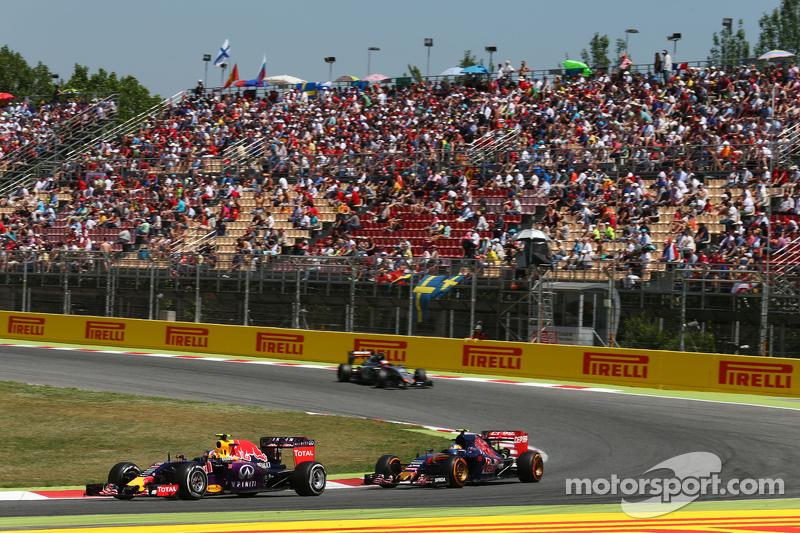 ...а с болидами Toro Rosso Даниил будет встречаться только при выезде с пит-стопа