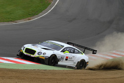 #84 Bentley Team HTP Bentley Continental GT3: Mike Parisy, Harold Primat, Vincent Abril, en un fuert