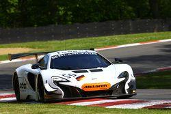 #55 Attempto Racing McLaren 650 S GT3: Rob Bell, Kevin Estre