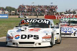 Leonel Sotro, Alifraco Sport, Ford, und Camilo Echevarria, Coiro Dole Racing, Torino