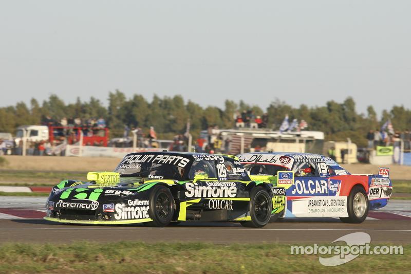 Мауро Галломбардо, Maquin Parts Racing Ford та Матіас Родрігес, UR Racing Dodge