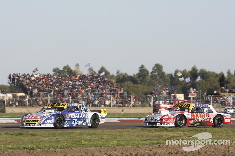 Mauricio Lambiris, Coiro Dole Racing, Torino, und Juan Manuel Silva, Catalan Magni Motorsport, Ford