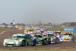 Emiliano Spataro, UR Racing Dodge en Mauro Giallombardo, Maquin Parts Racing Ford en Juan Pablo Gian