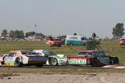 Prospero Bonelli, Bonelli Competicion Ford e Emiliano Spataro, UR Racing Dodge crashing