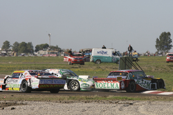 Prospero Bonelli, Bonelli Competicion Ford e Emiliano Spataro, UR Racing Dodge crashing