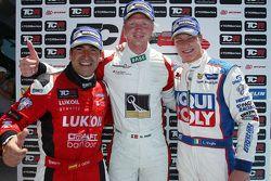 1st position Nicki Thiim, Audi TT, Liqui Moly Team Engstler, 2nd position Jordi Gene, SEAT Leon, Craft Bamboo Racing LUKOIL and 3rd position Lorenzo Veglia, SEAT Leon, Liqui Moly Team Engstler