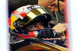 Pierre Gasly, Scuderia Toro Rosso STR10 Test Pilotu