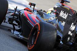 Oliver Turvey, McLaren MP4-30, piloto de pruebas